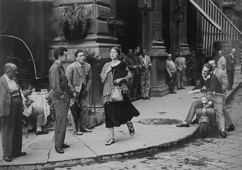American-girl-in-italy_-ruth-orkin_-1951